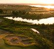Old American Golf Club: lake