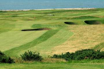 Royal Porthcawl has made Wales' south coast a must-visit golf destination since the 19th century.