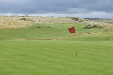 The weather can be unpredictable at links courses like Enniscrone, so it's good to always keep your waterproofs and umbrella handy.