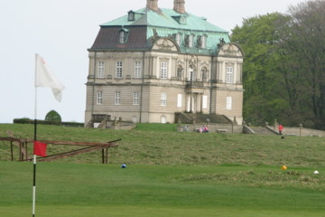 King Frederik III's castle sits near the 16th hole at Royal Copenhagen.