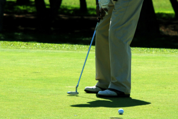 Practicing 30- to 40-footers may be fun but you're not going to have many of them during your round.