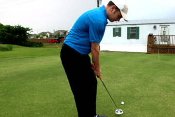 The Symple Putting stroke uses a hinge method.
