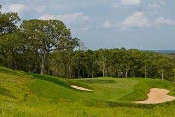 Howl It Up At Diverse Wolfdancer Golf Club Near Austin