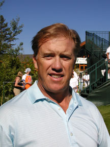 John Elway can swing the part, but he swears that practice is bane of his golf game