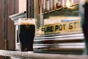Can't we all just get along at Dublin's pubs? One reader thinks so.