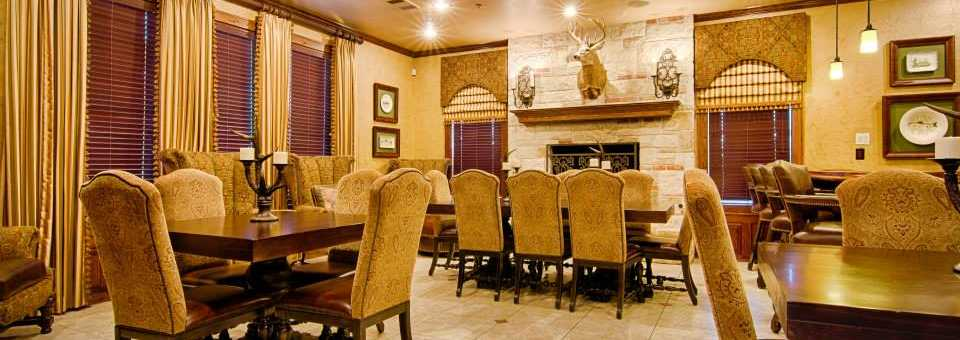 Southern Oaks GC: Dinning room