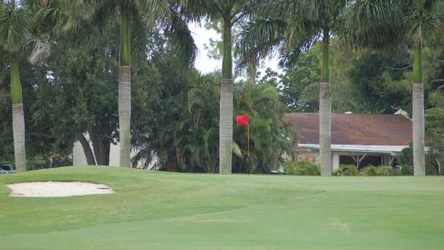 Lakewood Country Club - Private
